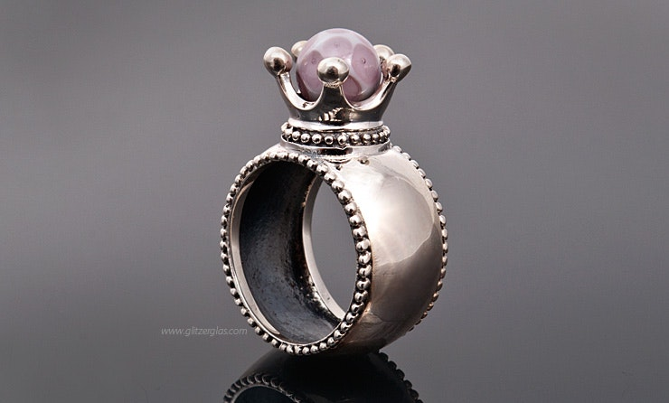 """""""Majestät"""" Echtsilber 925 Fingerring mit unikat handgefertigter Glasperle in zartrosa"""