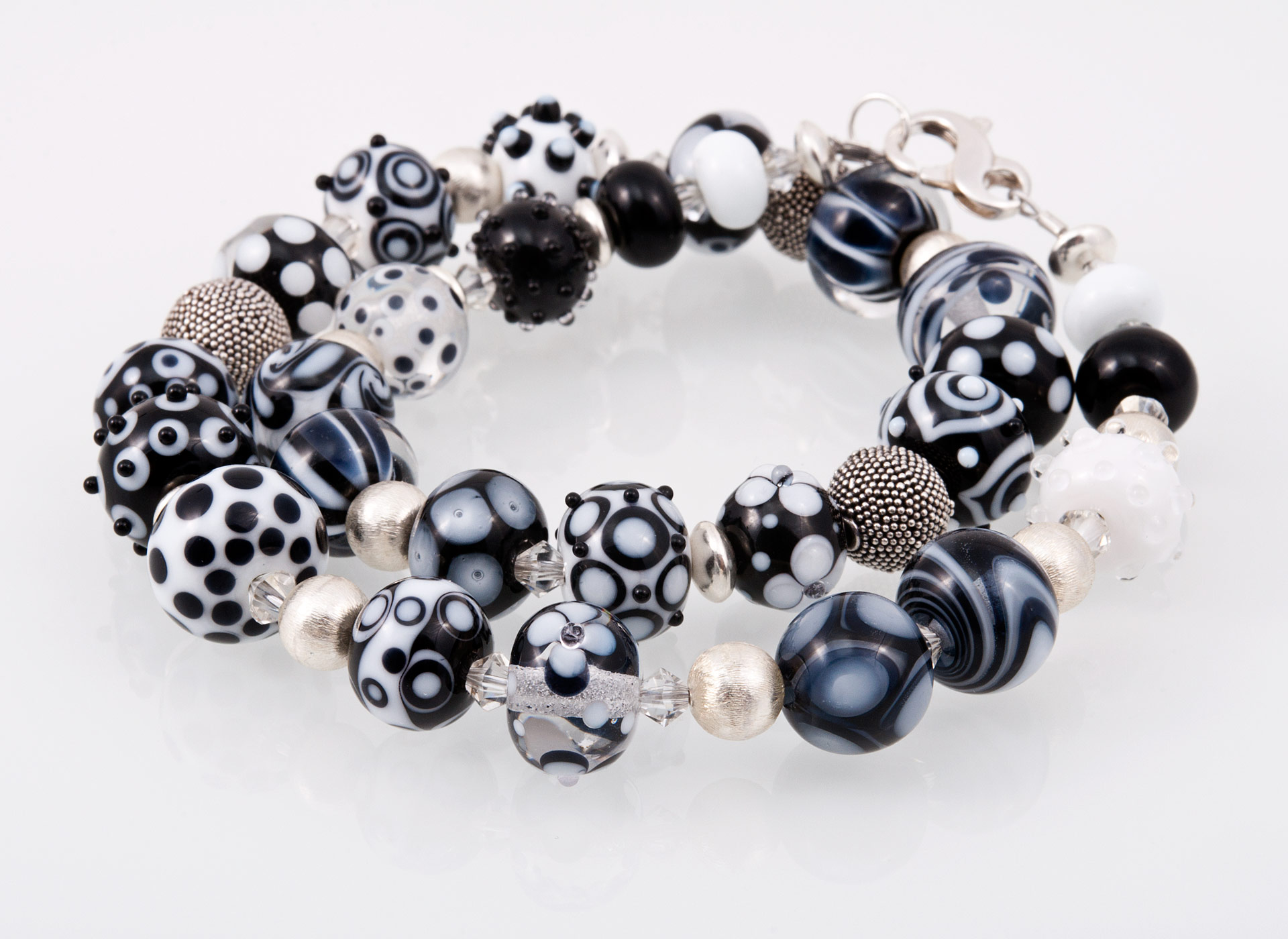 Glitzerglas - Glasperlen - Halskette mit rosaroten Glas- und ...