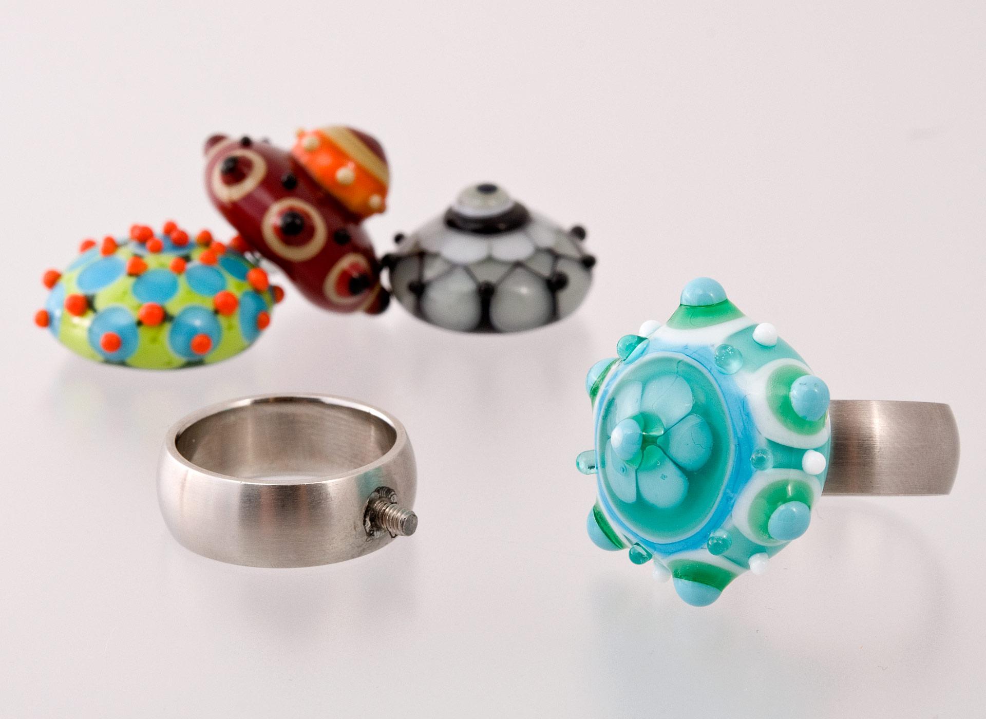 glitzerglas glasperlen individuelle fingerringe. Black Bedroom Furniture Sets. Home Design Ideas