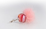 """""""Bubblegum"""" Schmuckanhänger in rosa/rot/orange mit Fellpuschel"""