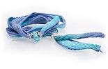 Indisches Seidenarmband hellblau/blau mit Unikat Glas-Modulperle & Echtsilberschmuck 925.