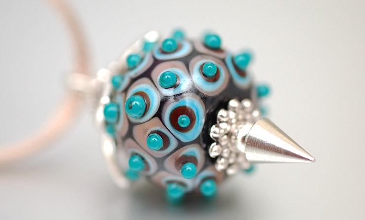 Halskette mit Murano-Glasperlen-Anhänger