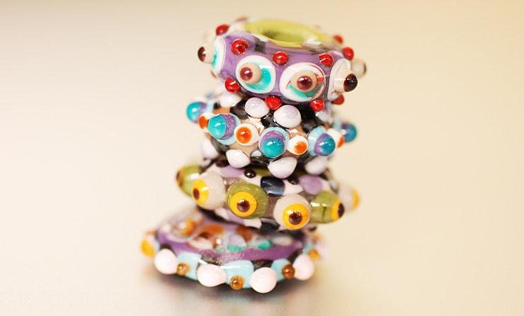 Diverse flache Glasperlen mit 5mm Loch