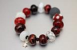 """""""Red-Dragon"""" Armband aus Glasperlen,hochwertigem Gummiband, (verkauft am Ostermarkt/Bremgarten)"""