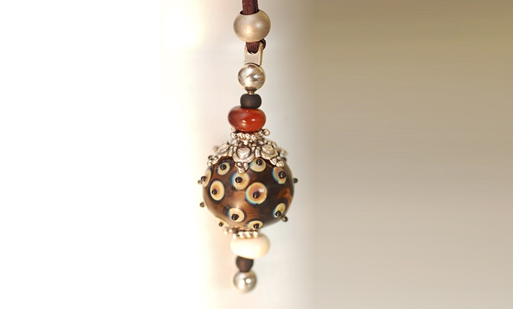 Halskette mit Anhänger mit Muranoglasperlen (verkauft/Zürich)