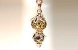 Halskette mit Anhänger mit Muranoglasperlen (gehört jetzt Alex/Frenkendorf/BL)