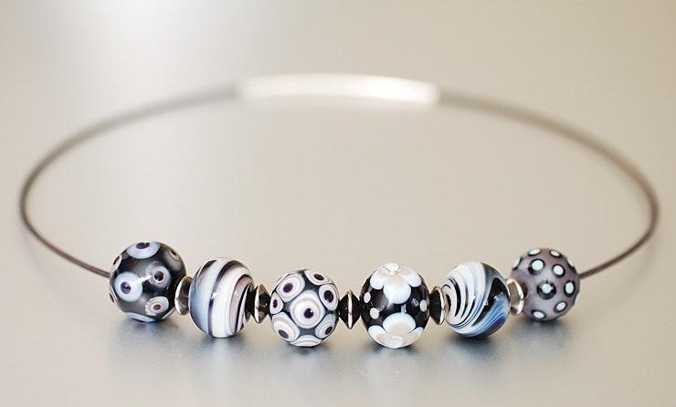 Halsketten mit Glasperlen (verkauft an Jacqueline/Aargau)
