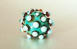 Dark-Candy Muranoglas mit grossen Dots (Durchm. ca.24mm).
