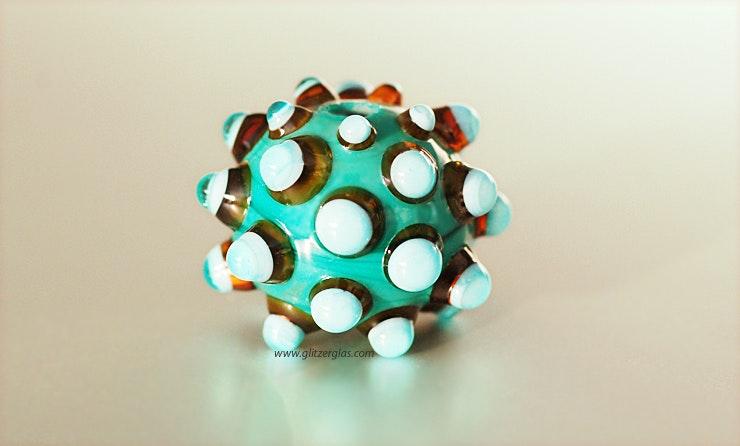 Dark-Candy Muranoglas mit grossen Dots (Durchm. ca.24mm). CHF 25.-