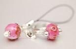 Very Pink Fingerring und Handyanhänger in Pink mit Blüemli