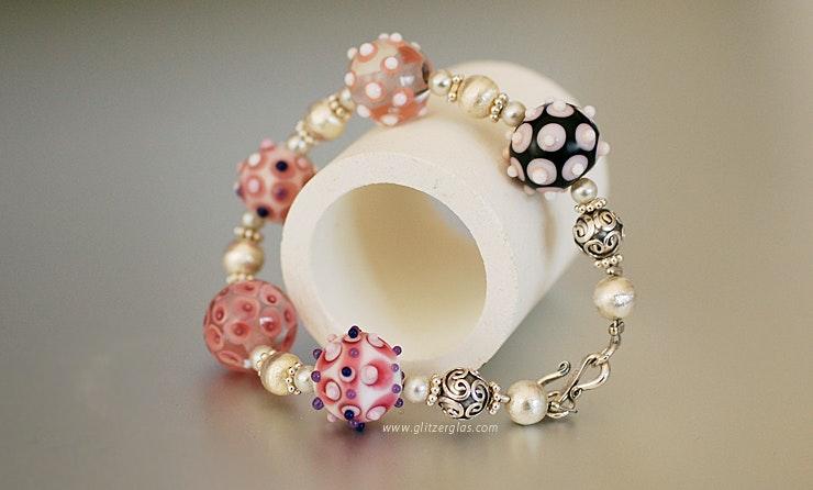"""""""Sweet-Toffy"""" Armband mit 5 Muranoglasperlen &  8 Perlen, Zwischenteile & Verschluss in Silber925 lebt jetzt bei Frau Roos/AG"""