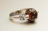 Brownie Ring mit CIM-Glas-Perle (CHF 25.-)