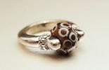 Himmelblau/Braun Ring mit Cim-Glas-Perle (verkauft Zürich)