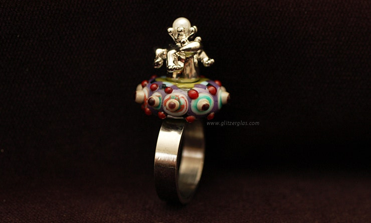 """""""Frog King"""" stainless steel ring (size 18) with glass bead and frog (now living on the finger of Nikki / Sissach / BL)"""