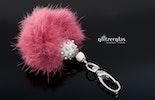 """""""in rosa"""" Schlüssel- oder Taschenanhänger mit rosa Fellpuschel"""