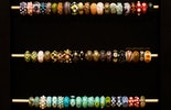 Grosse Auswahl an Pandora- und Trollbead-Style Glasperlen in allen Farben. Diverse Gläser (Murano-, CIM-, Bullseye-, Lauscha- und Reichenbachglas. Alle haben eine echt-Silberhülse  auf Wunsch auch ohne Silbereinsatz