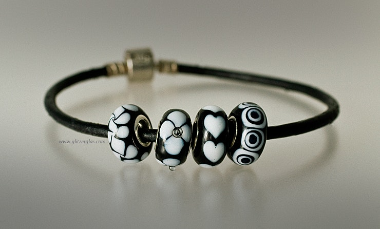 Pandora and Trollbead Style beads in black and white