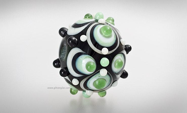 """""""Green Day"""" Grosse Perle aus Muranoglas geeignet als Einzelperle an Schmuckdraht oder an Schmuck-Anhänger."""