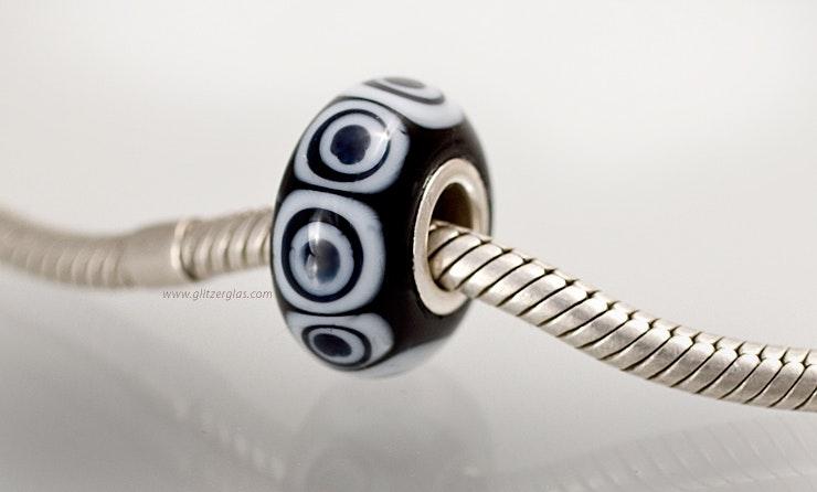 "Modell: ""Panda Eyes"". Pandora- und Trollbead-Style Perle."