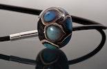"""Schiller-Tropfen"" Glasperle aus Murano&DoubleHelix Glas (verkauft / Romanshorn)"