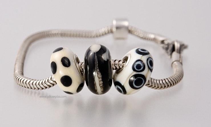 """""""Babilon"""" Modulperlen 3er Set von mir handgefertigten Glasperlen passend zu allen gängigen Modularmbändern wie Pandora,Tollbead etc... alle Perlen sind mit einer Echtsilberhülse bestückt."""