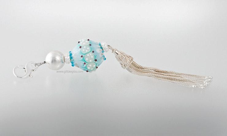 """""""Cielo"""" Schmuckanhänger mit Glasperle aus Muranoglas und Echtsilber 925. Länge ca. 15 cm CHF 160.- (im Shop)"""