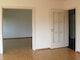 Wohnzimmer mit Schiebetüre