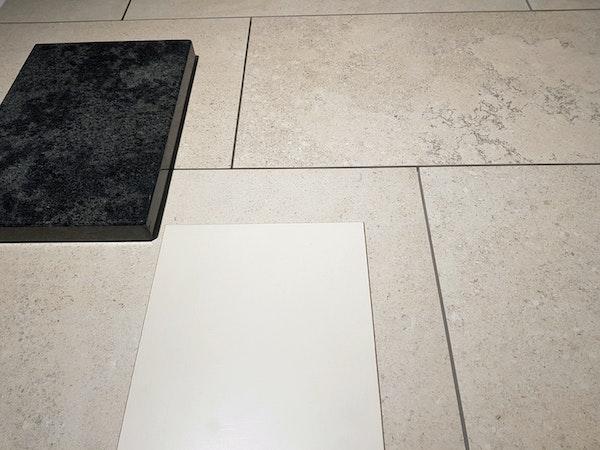 Bodenplatte, Küchenabdeckung und Küchenfront