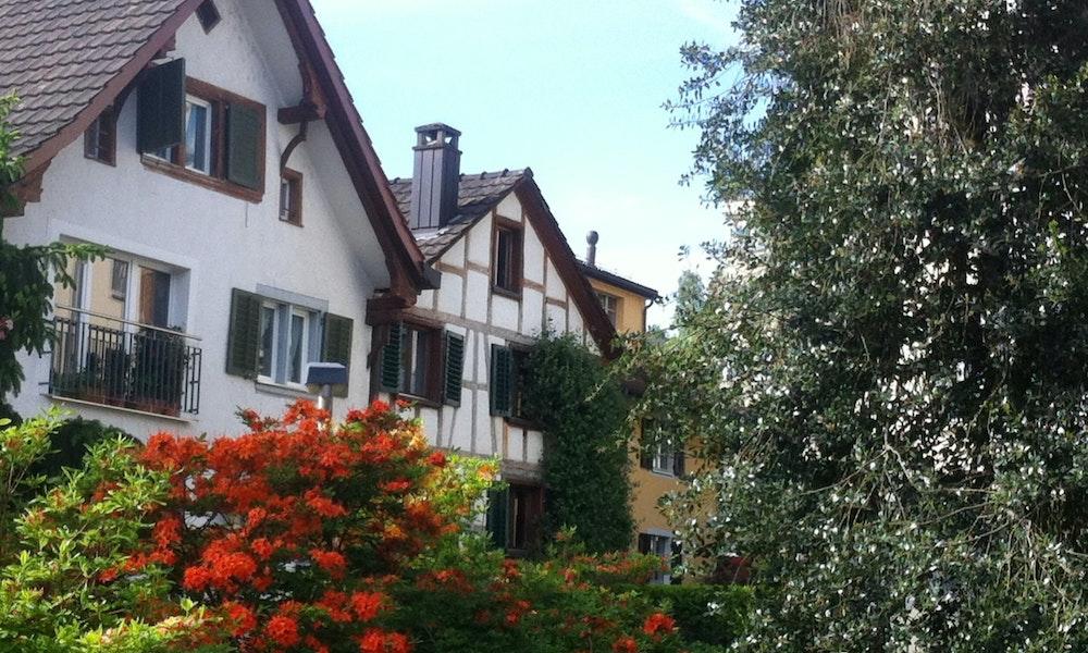 W+�denswil Riegelhaus modernisiert.jpg