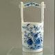 Japan Sake bucket ca. 1860 handpainted Arita porcelain.