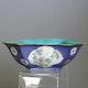 Bowl porcelain, probably Tongzhi period, handpainted and enamelled porcelain. 21x13x7.5cm.