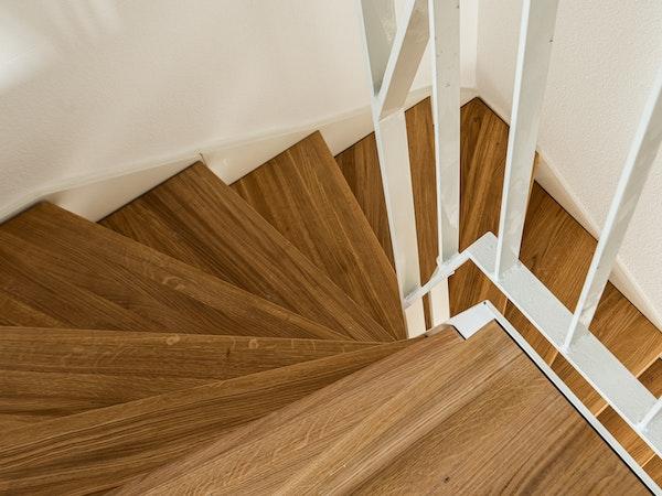 Treppenaufstieg Maisonette-Wohnung