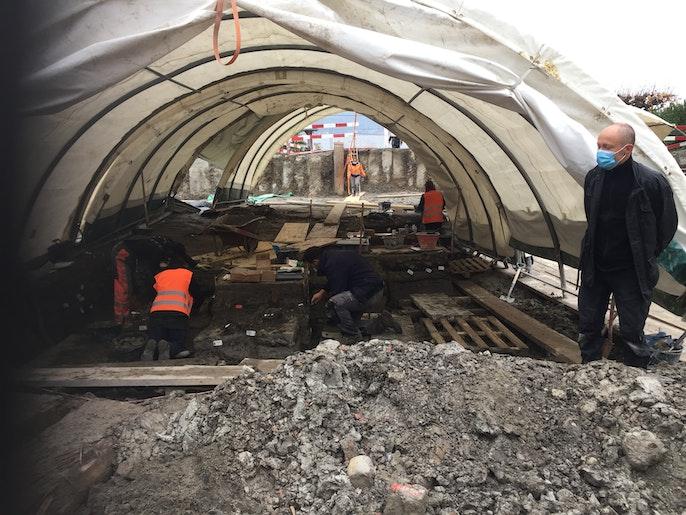 Baustelle 5. November 2020. Archäologen an der Arbeit