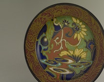 Art Nouveau dish, Gouda Holland, design Breetvelt, 1920's